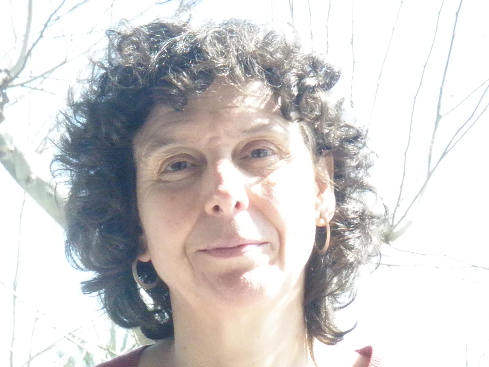 Elena Larrauri